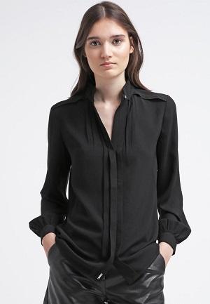 Lang bluse i sort