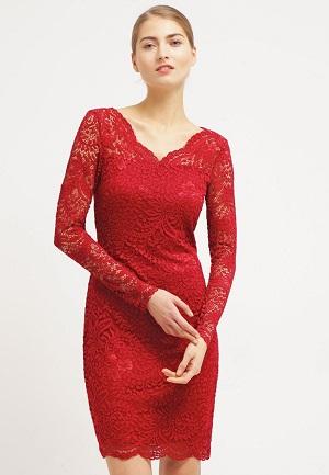 Rød kjole fra Vero Moda