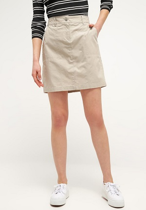 Flot mini skirt i cream