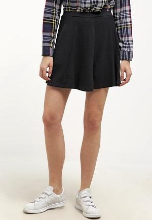 Mini skirt i sort
